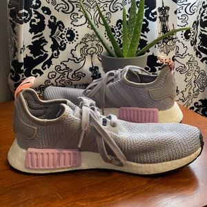 Adidas NMD 8.5 Women's Gray r1 light granite